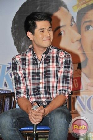 Kahit Konting Pagtingin Grand Press Con at Laffline Comedy Bar_00015-543