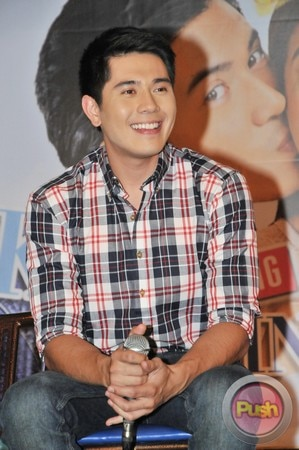 Kahit Konting Pagtingin Grand Press Con at Laffline Comedy Bar_00017-543