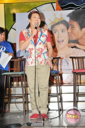 Kahit Konting Pagtingin Grand Press Con at Laffline Comedy Bar_00080-543