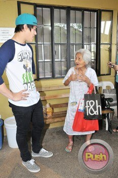 Enrique Gil's charity event_00039-574