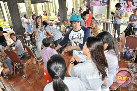 Enrique Gil's charity event_00054-574