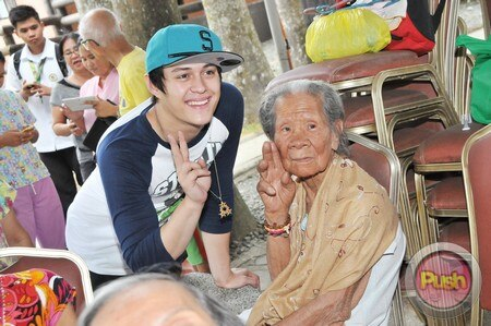 Enrique Gil's charity event_00080-574