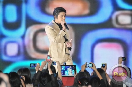 Daniel Padilla scores four special awards at Himig Handog Finals_00021-578