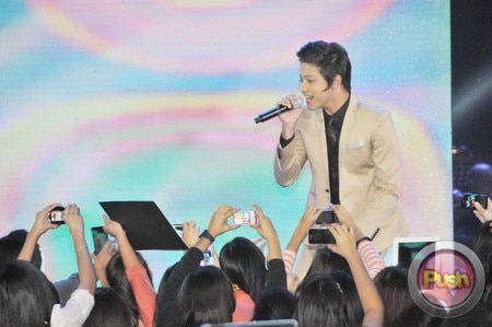 Daniel Padilla scores four special awards at Himig Handog Finals_00023-578