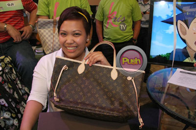 kristv-giveaways2-579