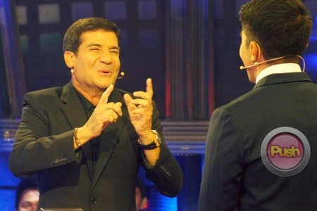 'Deal or No Deal' (Luis Birthday Episode)_00019-631