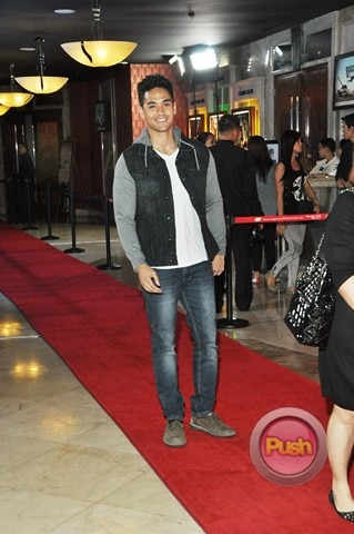 Huwag Ka Lang Mawawala Red Carpet Premier at Resort World_00025-666