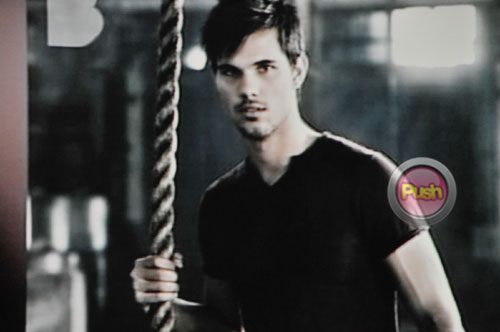 Taylor-Lautner-for-BENCH7-678