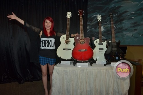 Yeng Constantino visits Academy of Rock Singapore_00016-751