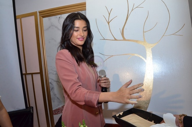 Check out Liza Soberano's new business establishment called Hope.