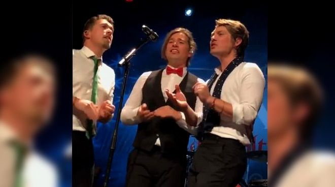 Viral: 90s boy group Hanson sings a jaw-dropping Christmas song rendition