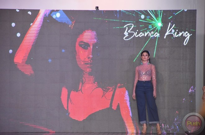 'Pusong Ligaw' stars Beauty Gonzalez and Bianca King walked the runway of Bench Fashion Show.
