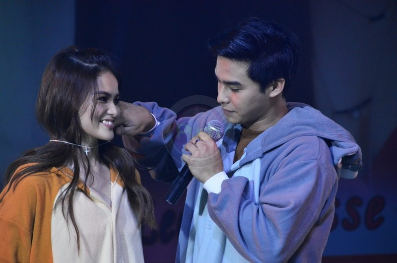 The sweet loveteam launched their new album at the SM North Edsa Skydome.