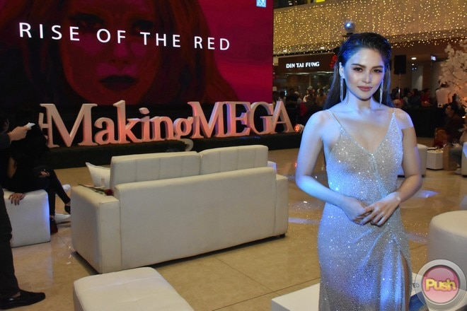 A more daring Elisse Joson was spotted at the Making MEGA in Turkey with McLisse event.