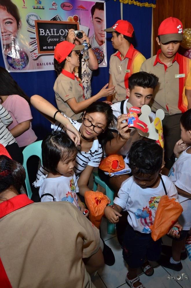 BaiLona gives back to children