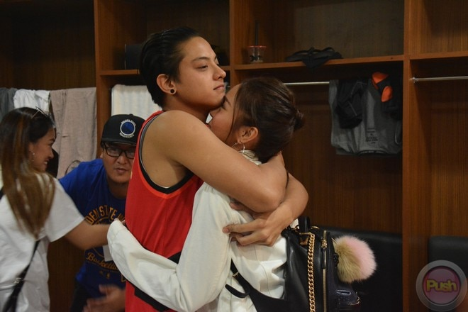 KathNiel's sweet moments at the Star Magic all-star game 2017 (4)