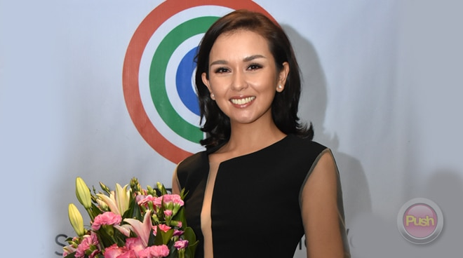 Beauty Gonzalez signs first exclusive contract with ABS-CBN