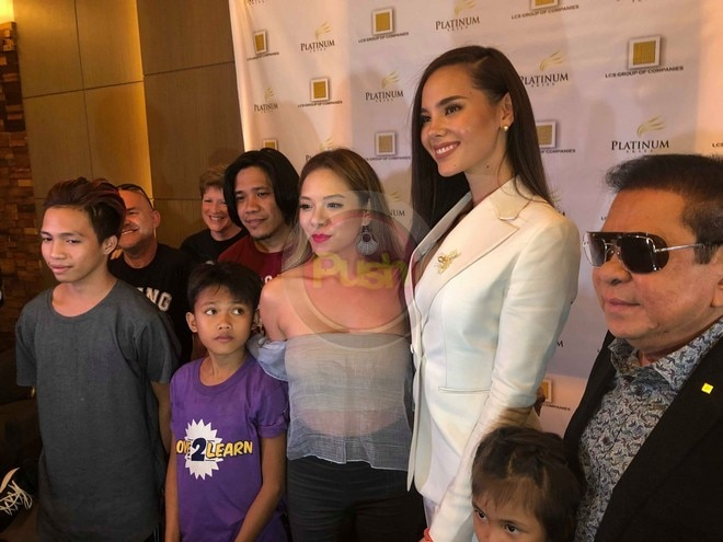 Fresh from the Miss Universe pageant, Catriona has arrived in Manila, Dec. 19.