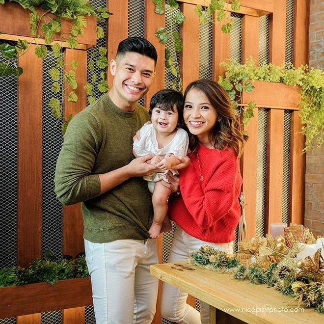 JC de Vera welcome his daughter with his non-showbiz girlfriend last May. They named her Lana Athena