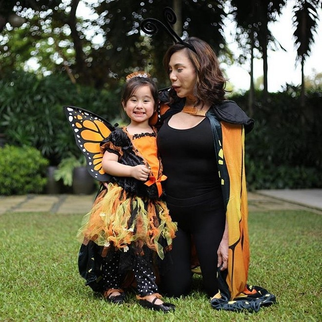 Vicki Belo and daughter Scarlet Snow as butterflies
