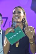 The lovely Maggie Wilson hosts the launching of the Oppo R17 Pro.