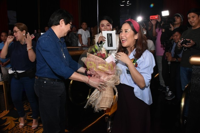 Jolina turned emotional as she received a surprised party that was attended by family and friends.