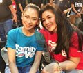 Regine Velasquez-Alcasid and Sarah Geronimo