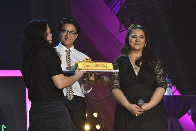 Karla Estrada performed with family members at her digital birthday concert last November 21.