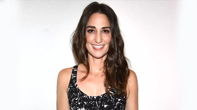 American singer Sara Bareilles expresses excitement over Manila run of Broadway musical 'Waitress'