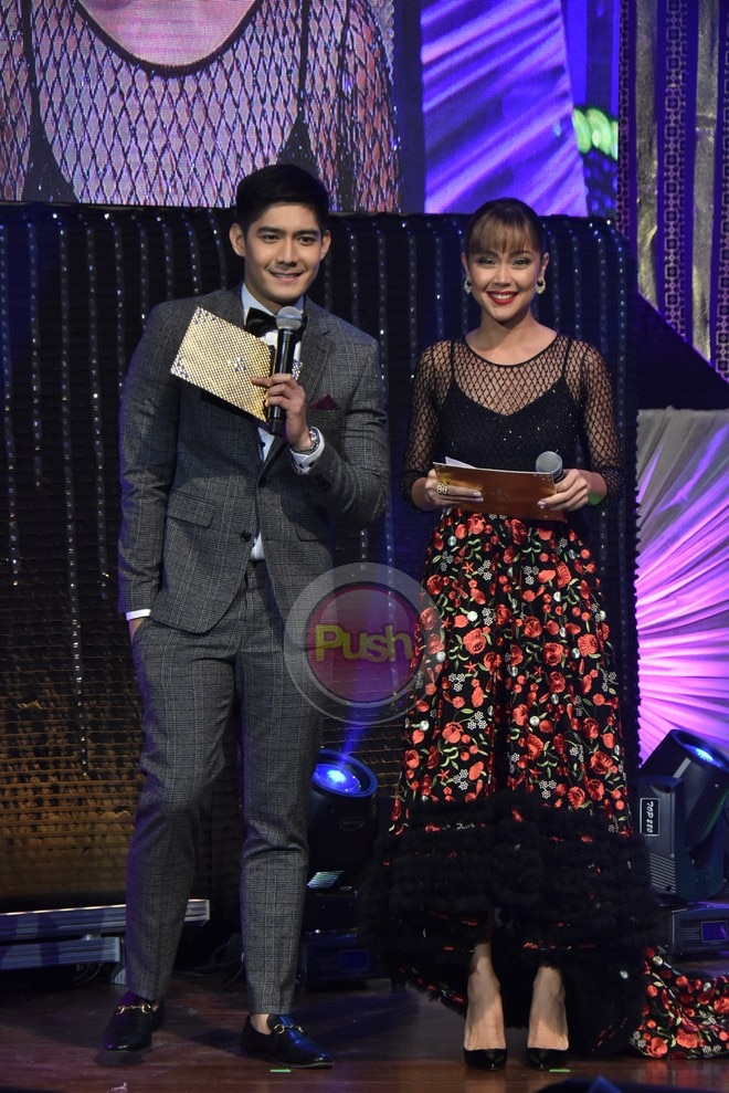 Robi Domingo and Jodi Sta. Maria at the 32nd PMPC Star Awards for TV