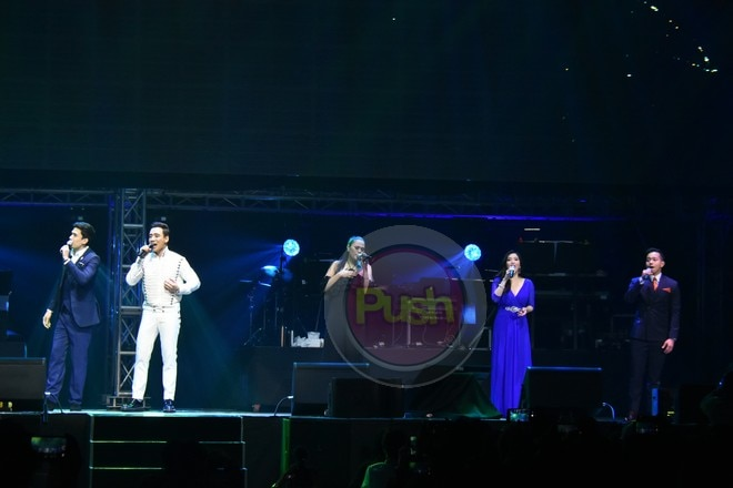 Erik celebrated his 15th anniversary in the industry with a concert at the Mall of Asia Arena.