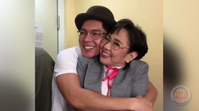 LOOK: Carlo Aquino may biglaang reunion kay Vilma Santos