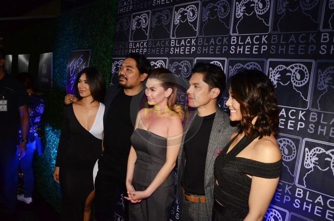 Silipin ang ilan pang mga artista na dumalo sa premiere night ng Exes Baggage.