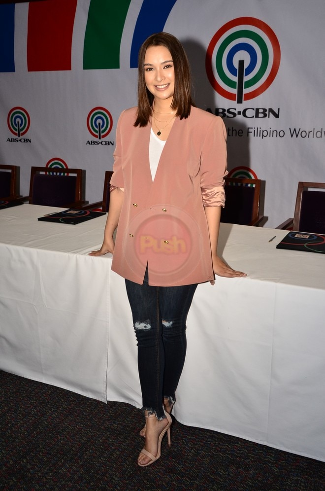 Ryza Cenon signs contract with ABS-CBN