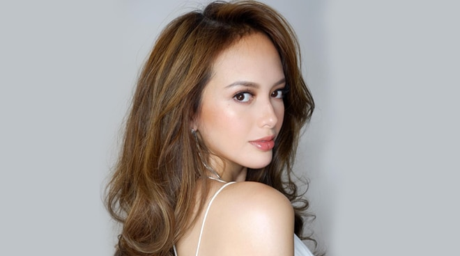 Ellen Adarna, may mensahe para sa mga hindi maka-move on