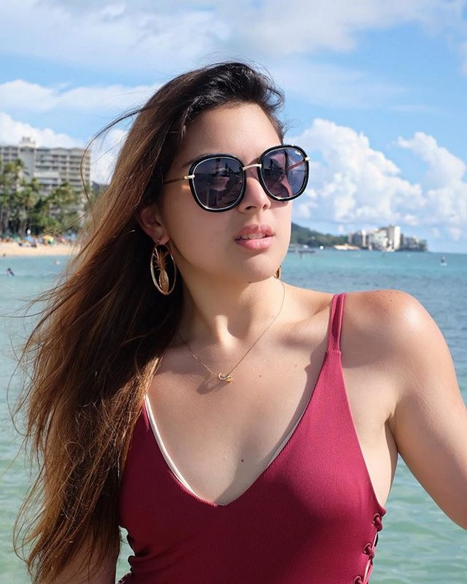 Ria Atayde is missing the beach life in Hawaii with her friends.