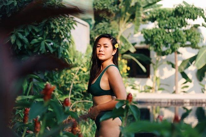 Yeng Constantino relaxes during her last day in Cambodia.