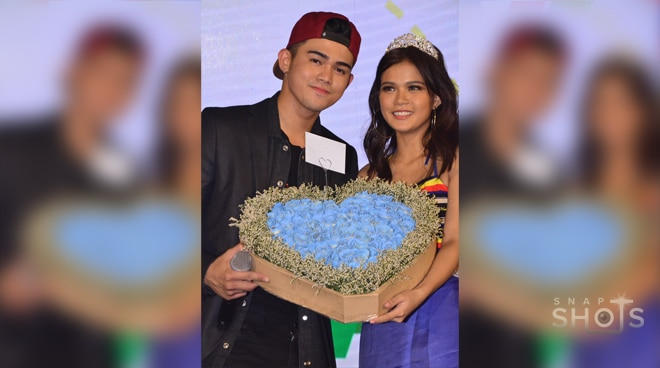 LOOK: Inigo Pascual's romantic gesture for Maris Racal at the fan meet