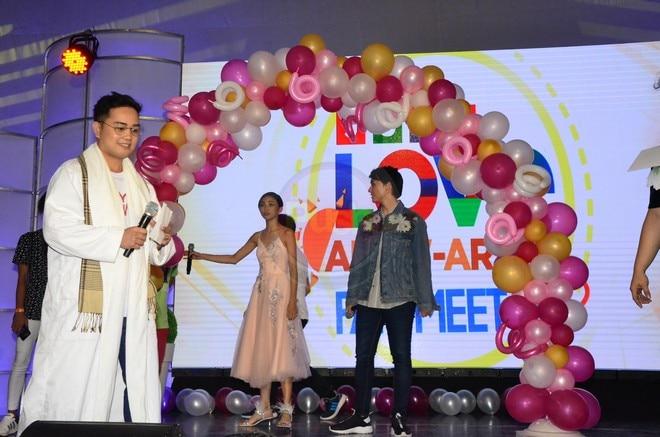 Tignan ang mga nakakakilig na larawan ng MayWard sa naganap na fan meet noong Sabado, Mayo 19.