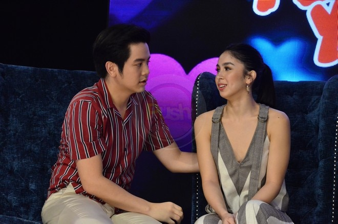 Sweet na sweet sina Julia at Joshua sa grand press con ng pelikulang 'I Love You, Hater.'