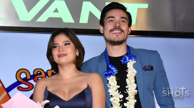LOOK: Xian Lim, Louise delos Reyes at 'Hanggang Kailan?' movie premiere