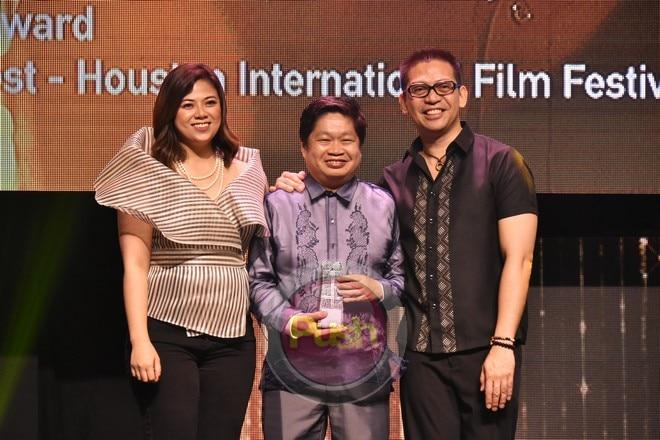 Tignan ang mga kaganapan sa naganap na 'Sandaan,' FDCP's Film Ambassadors' Night.