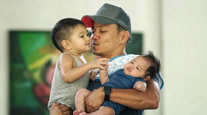 Drew Arellano irked at strangers taking photos of his children without permission