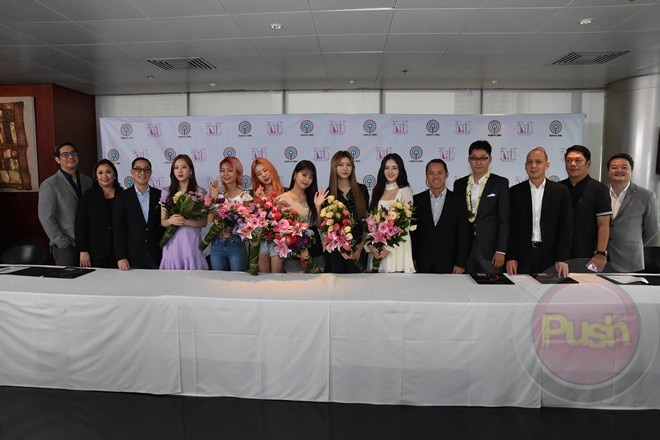 K-pop girl group MOMOLAND arrived at the ABS-CBN Compound to sign with the network for a travel seri
