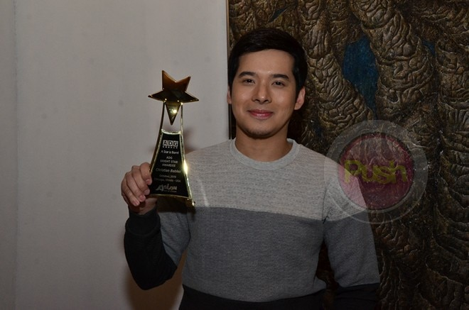 Christian Bables. nanalo ng Bright Star Award at the 2019 Asian Pop-Up Cinema