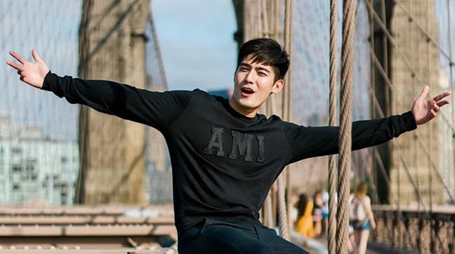 Robi Domingo gains 500,000 followers on YouTube
