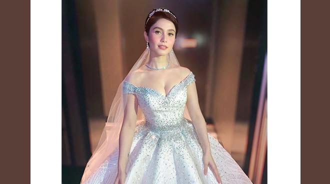 LOOK: Jessy Mendiola wears a wedding dress