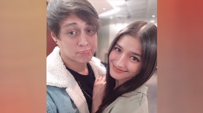 Liza Soberano spotted fangirling at K-Pop groups Monsta X, Weki Meki's Manila event