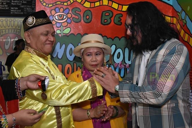 Baron Geisler, ginawaran ng honorary title of Datu.