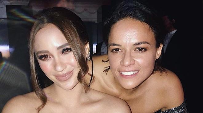 LOOK: Arci Munoz meets 'Fast and Furious' actress at Oscar party